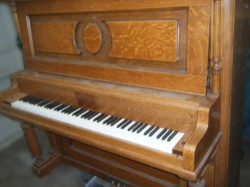 Kingsbury Vertical Piano